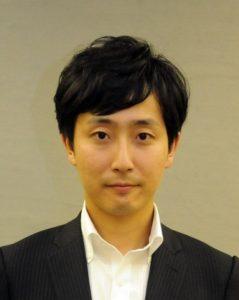 樋口高顕氏